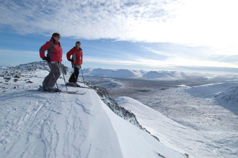 Scottish Ski Season Begins Saturday, Earliest Start for Five Years - InTheSnow | Snow Report