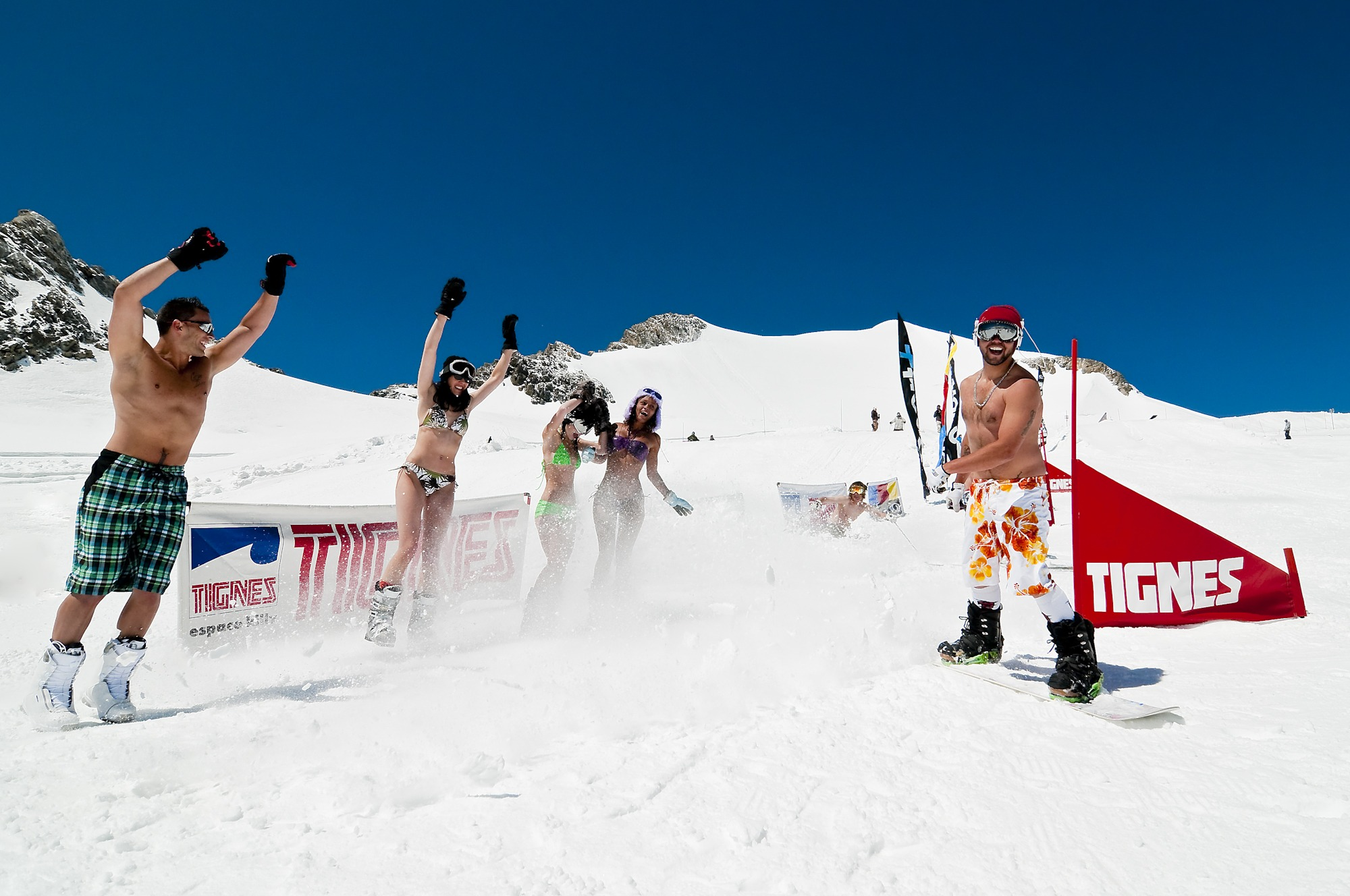 naked-cross-country-skiers-hot-chicks-half-naked
