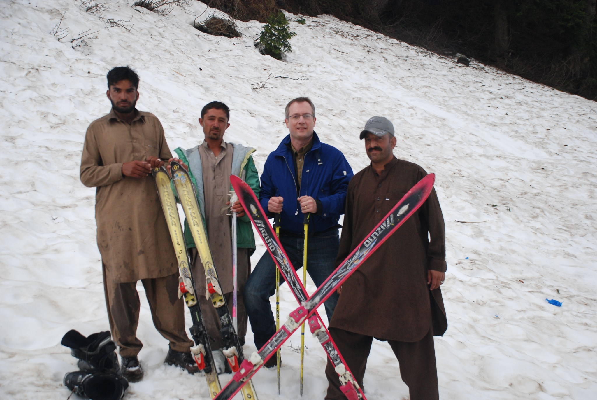Skiing Pakistan Inthesnow