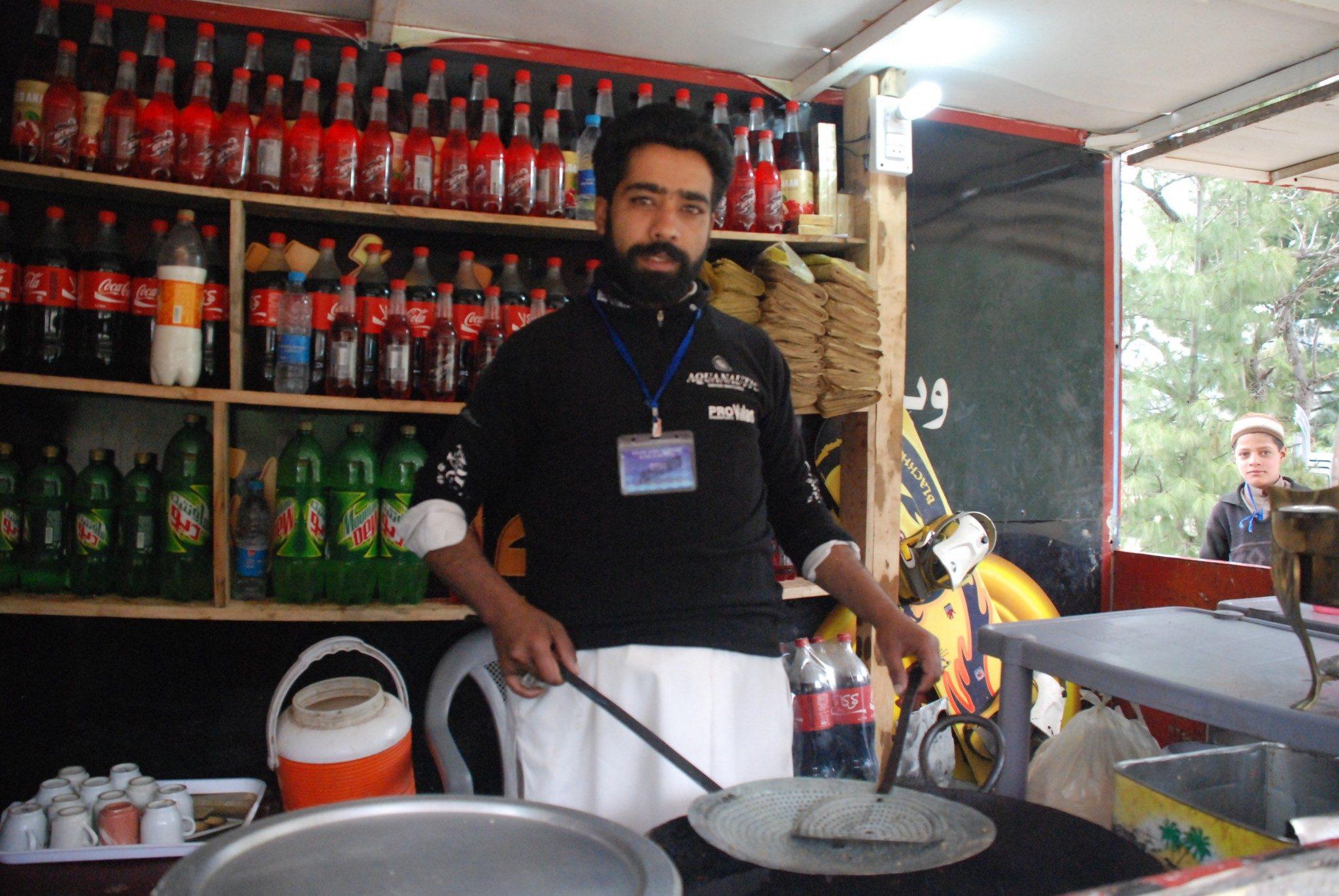 Skiing Pakistan (3)