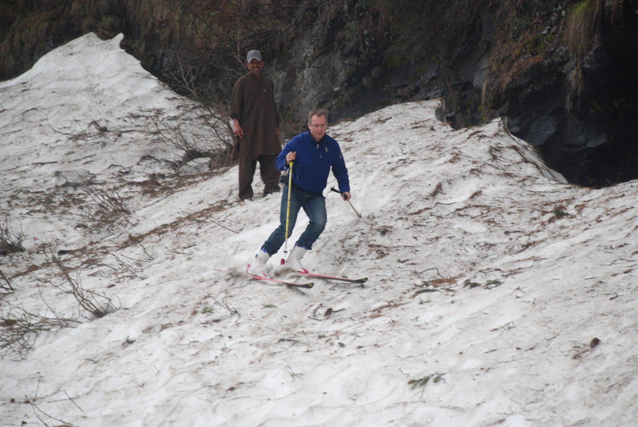 Skiing Pakistan (6)