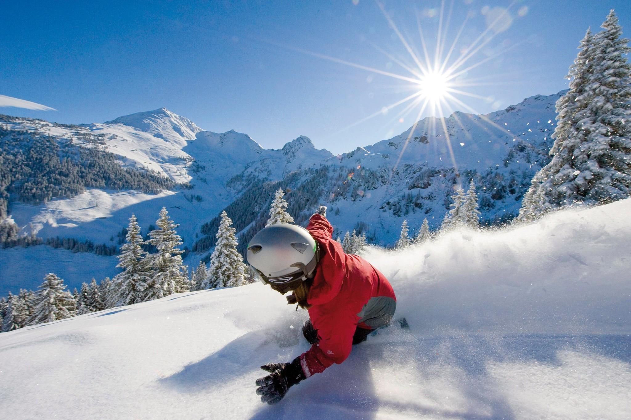 Ski Juwel Snowboarder am Wiedersbergerhorn. (c) Alpbachtal Seenland Tourismus - Copy