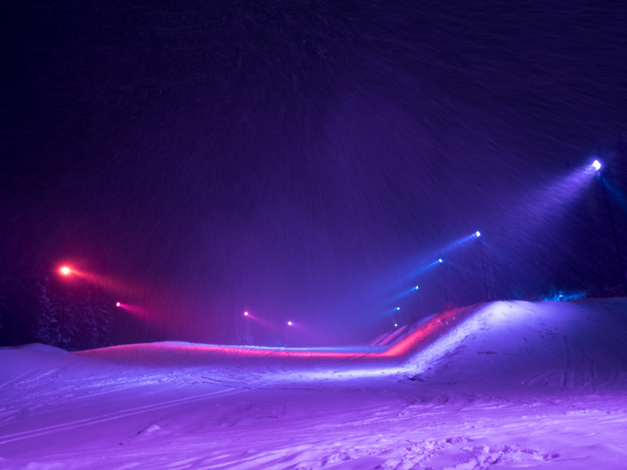 Åre Open Snowpark With Coloured Lighting Effects (2)