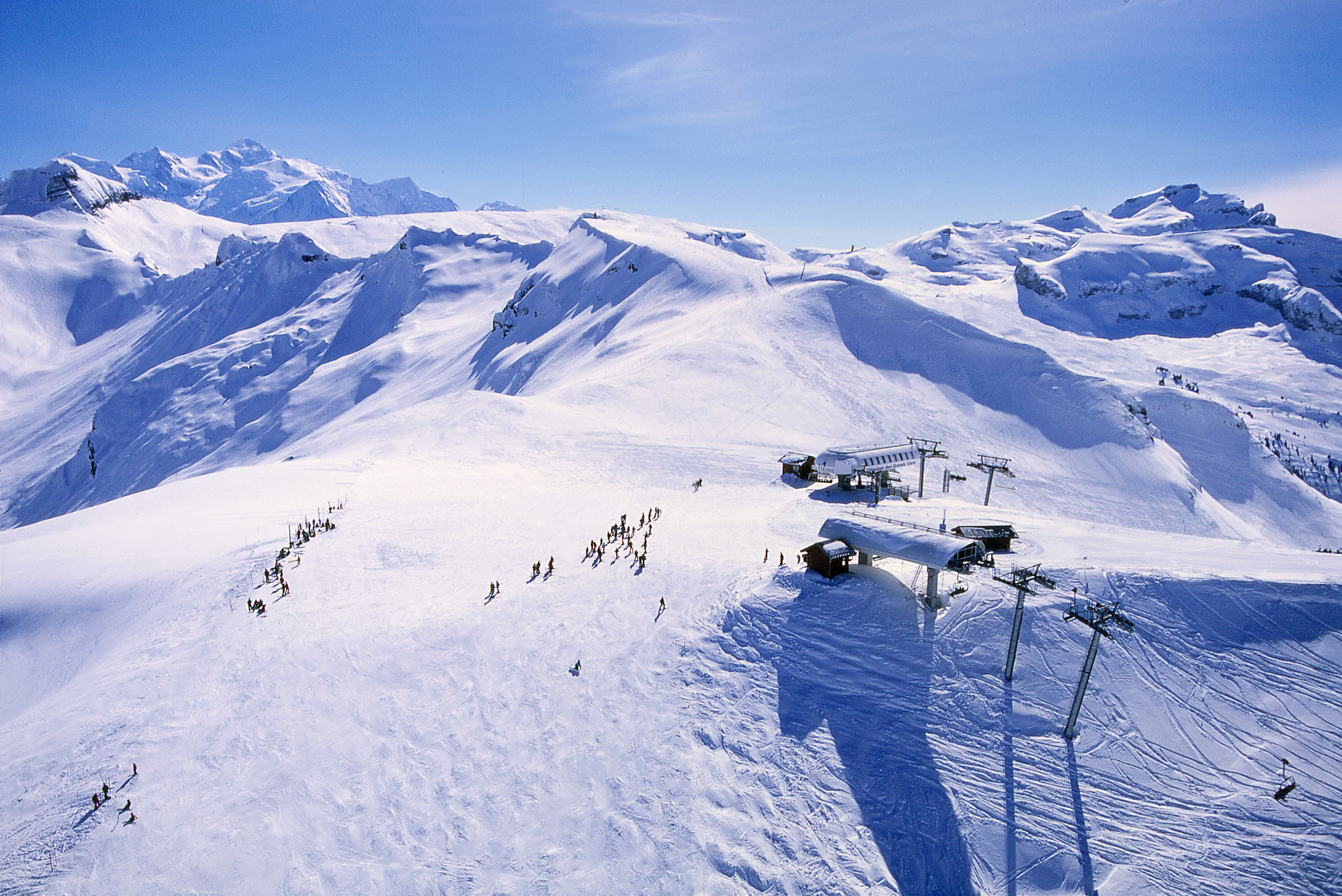 New French Ski Lift Will Be Longest 6 Seater In Europe