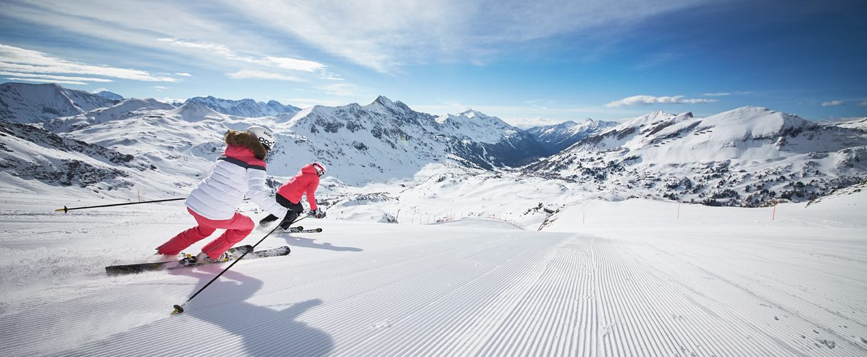 What Makes the Perfect Ski Holiday Destination?