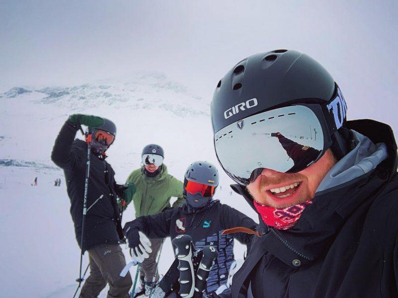 Skiing in May spain